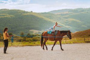 cvicenie na koni hipoterapia